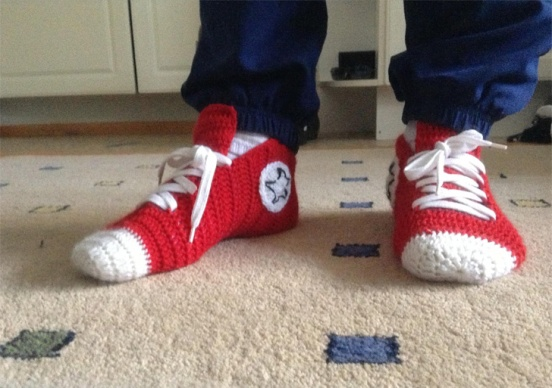 crochet-converse-slippers