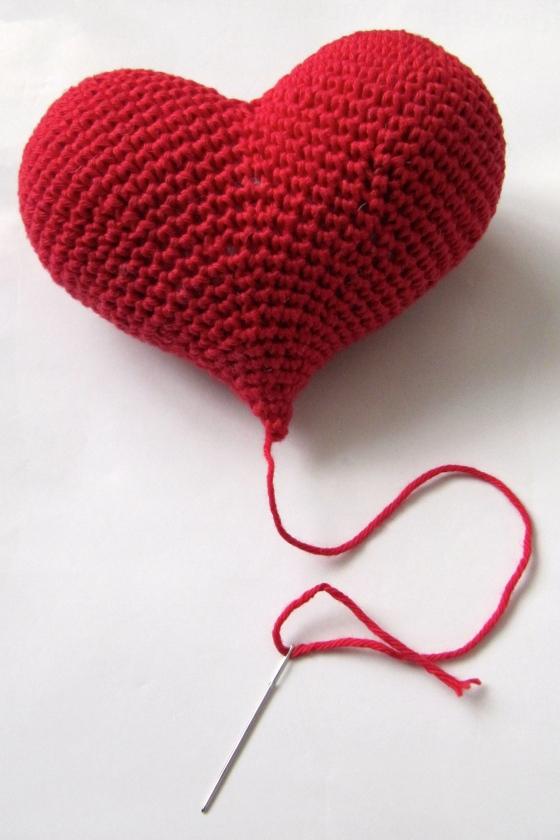 crocheted 3D heart