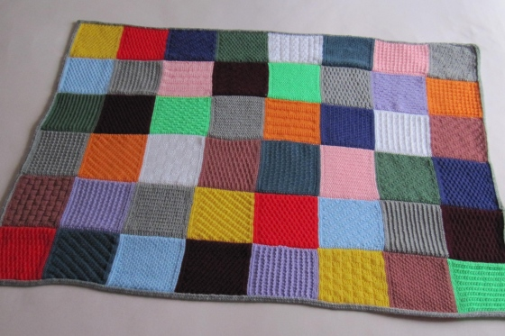 patchwork-decke häkelmonster