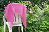 pink scarf Drops häkelmonster