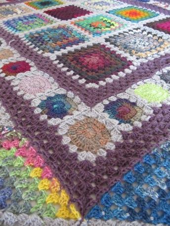 crochetblanket grannysquares häkelmonster